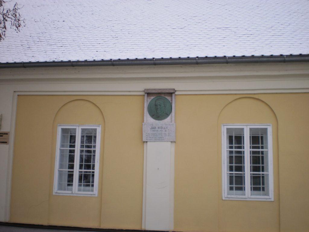 Fara (foto: vdp. Ľuboš Tvrdý)
